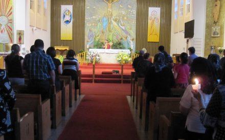 Chaldeans of Hamilton pray for the victims of Al-Karrada